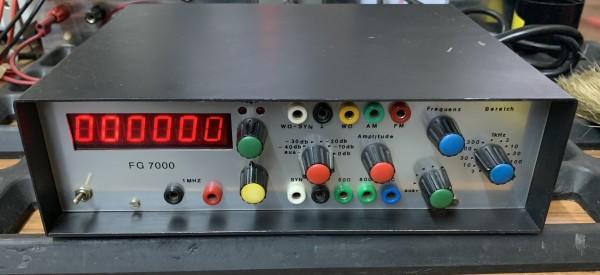 ELV FG-7000 Funktionsgenerator gebraucht