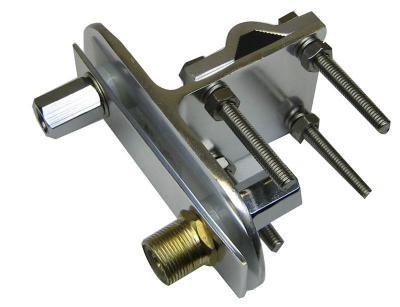 MFJ-347 3/8 Zoll Doppel-Mastklemme mit PL-Buchse
